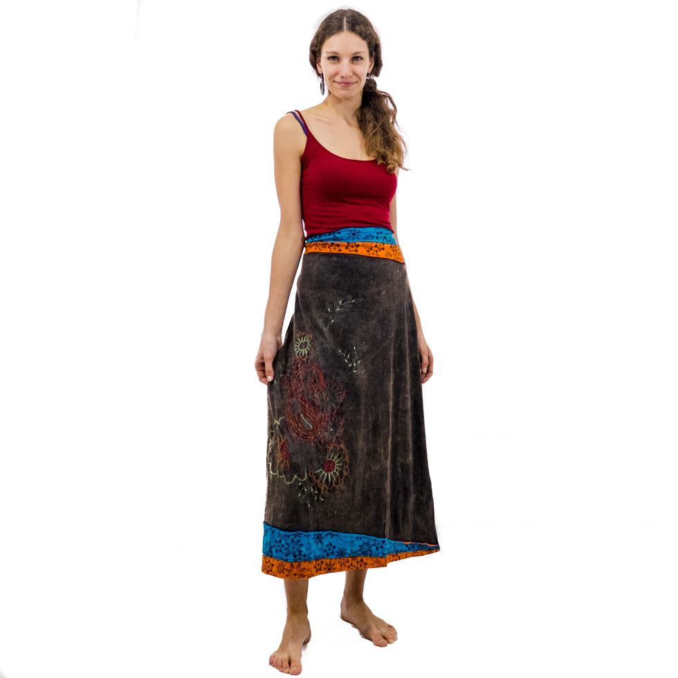 Dlouhá vyšívaná etno sukně Bhamini Akar