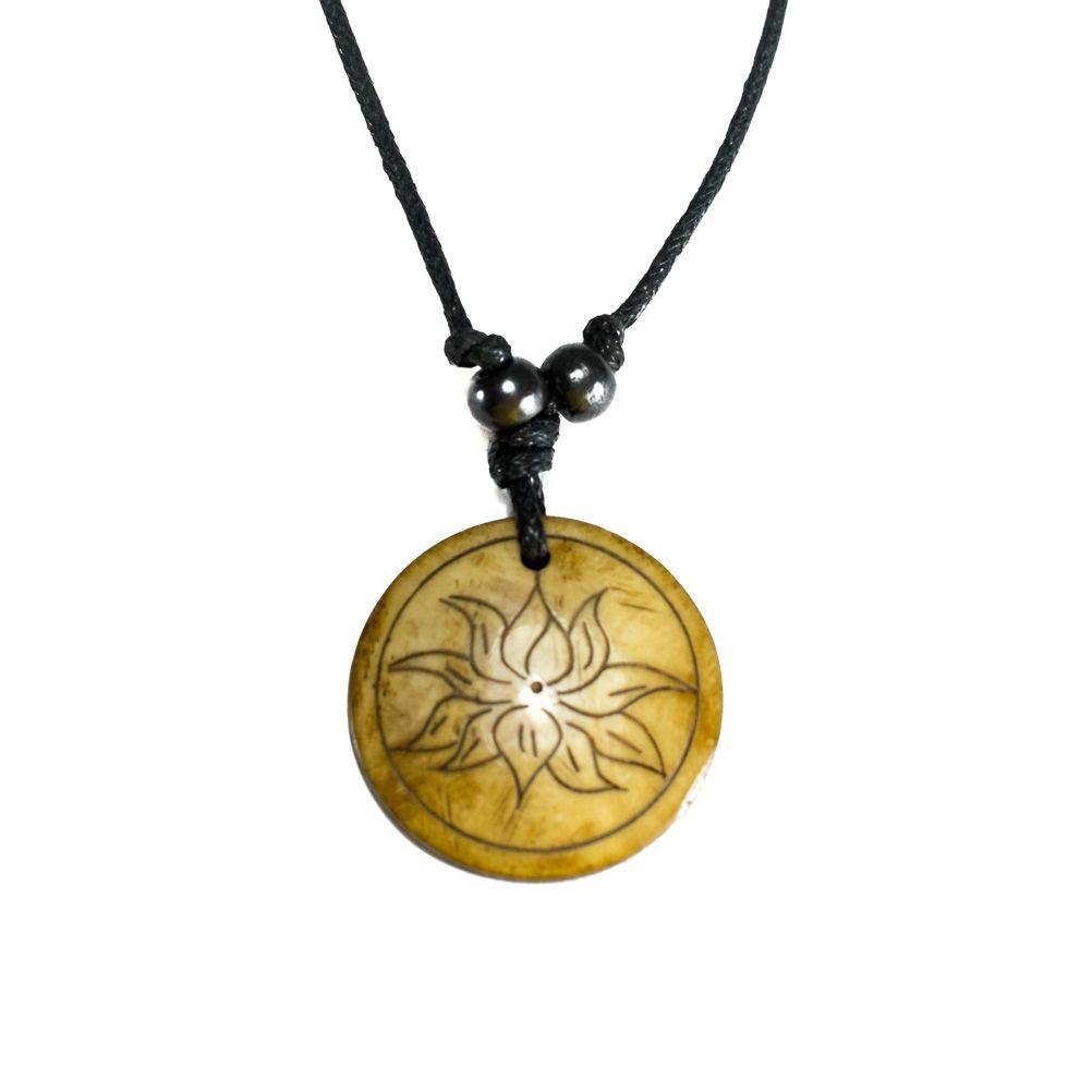 Kostěný přívěsek Lotosový květ v kruhu - jednoduchý