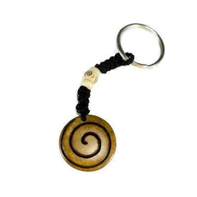 Přívěsek na klíče Spirála - hnědý