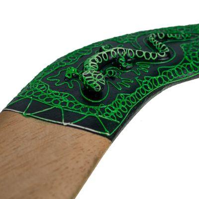Dekorační bumerang Zelená ještěrka