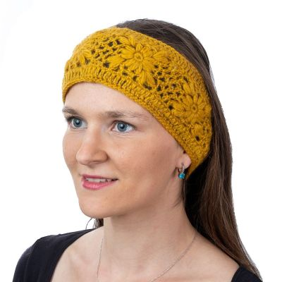Háčkovaná vlněná čepice Bardia Yellow Nepal