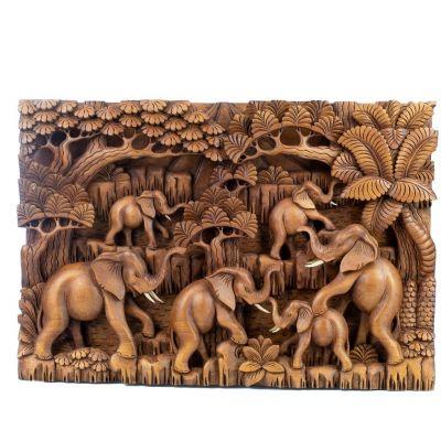 Dřevořezba Stádo slonů v lese
