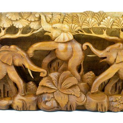 Vyřezávaná dřevěná plastika Tři šťastní sloni Indonesia