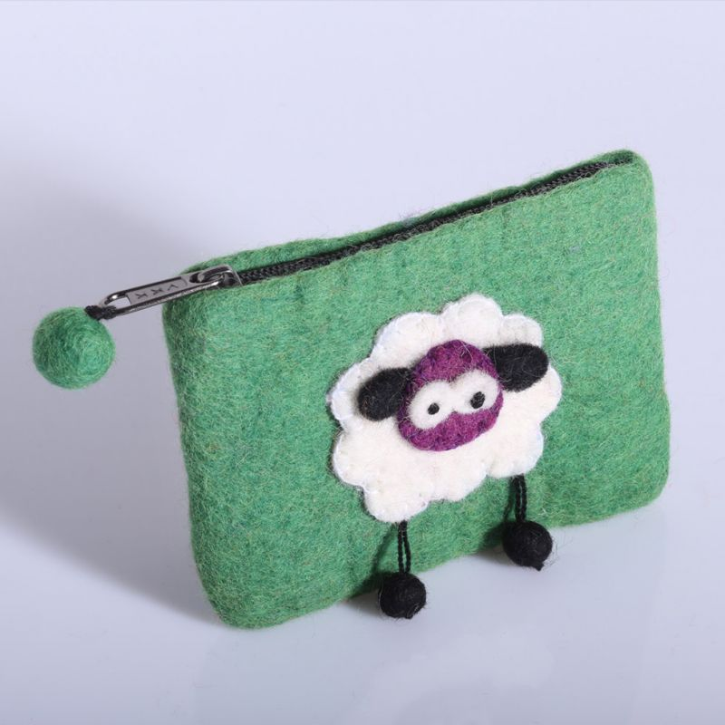 Plstěná taštička s ovečkou